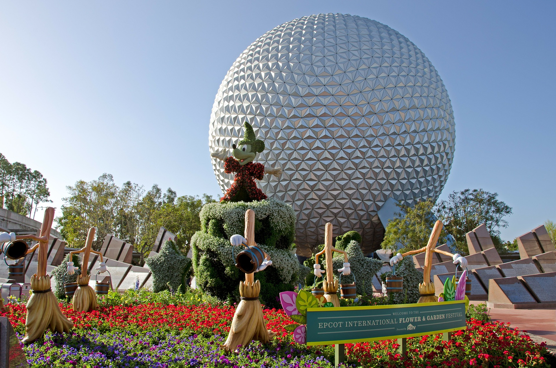 disney flower and garden. Orlando Town Car Transportation, Walt Disney Epcot\u0027s Flower And Garden Festival - Tiffany Towncar